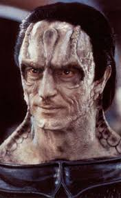 An image of a male Cardassian from the neck up.