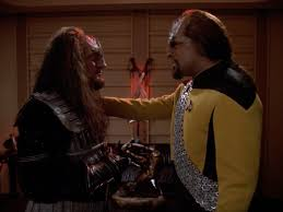 K'mtar and Worf having a moment at the end of the episode