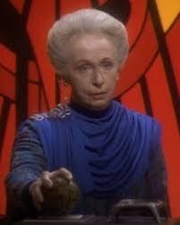 Renora, the arbiter from Bajor
