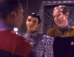 The Romulan, Sisko, and the Starfleet security guard