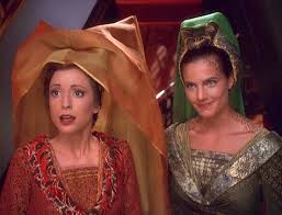 Kira and Dax out of the holosuite looking like fair maidens