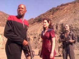 Sisko, Kilana, and a Jem'Hadar soldier