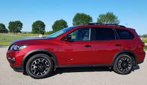 2019 red nissan pathfinder car