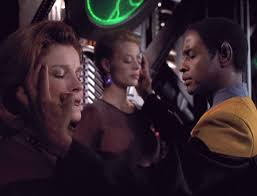 Tuvok mindmelds Janeway and Seven so she can chat with the Borg