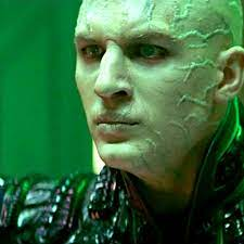 Tom Hardy as Shinzon
